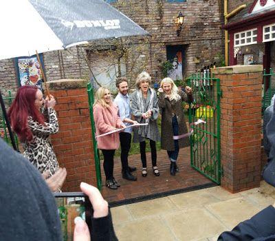 Coronation Street Blog: Platt family officially open new Victoria Street