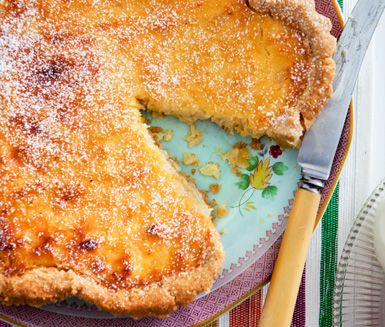 Ananaspaj - Pineapple pie. Recipe in Swedish.