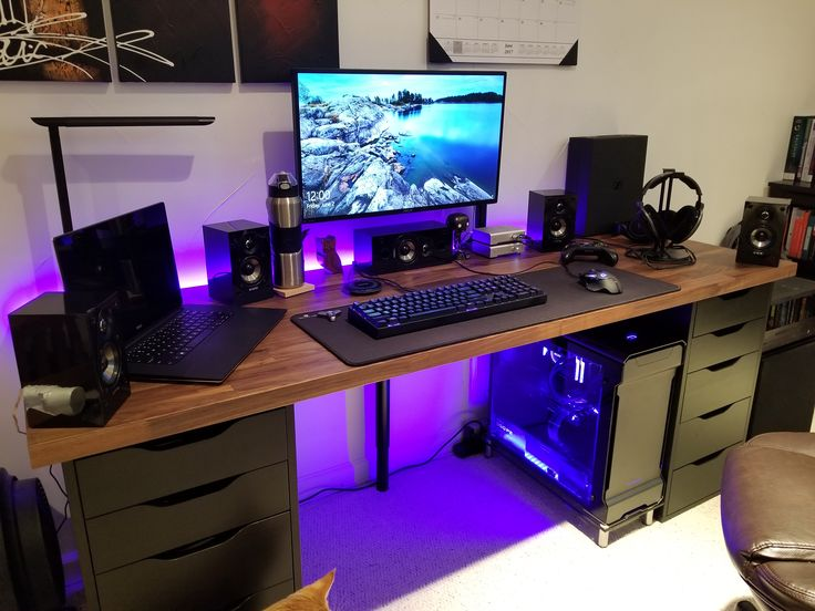 it is much and it is mine pinterest gaming setup desks and pc. Black Bedroom Furniture Sets. Home Design Ideas