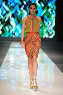 Halter & pencil skirt patchwork Wignyo JFW12