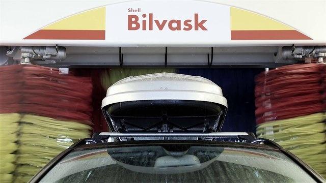 Shell carwash by Skovdal & Skovdal.