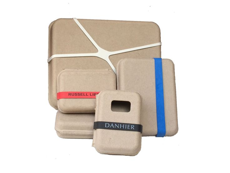 For a fun and functional way to secure your clamshell packaging, consider using rubber bands. Traditional, old fashion rubber bands work well. However you can also order printed rubber bands in a wide range of colors. For a bigger impact you can secure with MoMA designed X-Shaped Rubber Bands or Corner to Corner Rubber Bands.