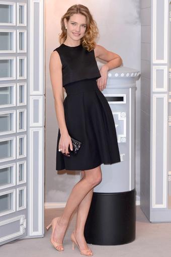 Natalia Vodianova http://www.elle.com.tr/Foto-Haber/unluler/kirmizi-hali/haftanin-enleri_3660#image=29