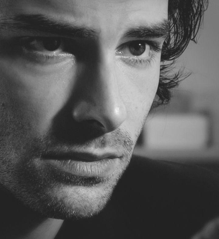 Aidan Turner   beautiful