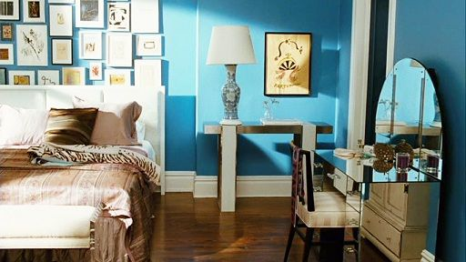 carrie bradshaw 39 s apartment part two the re do. Black Bedroom Furniture Sets. Home Design Ideas