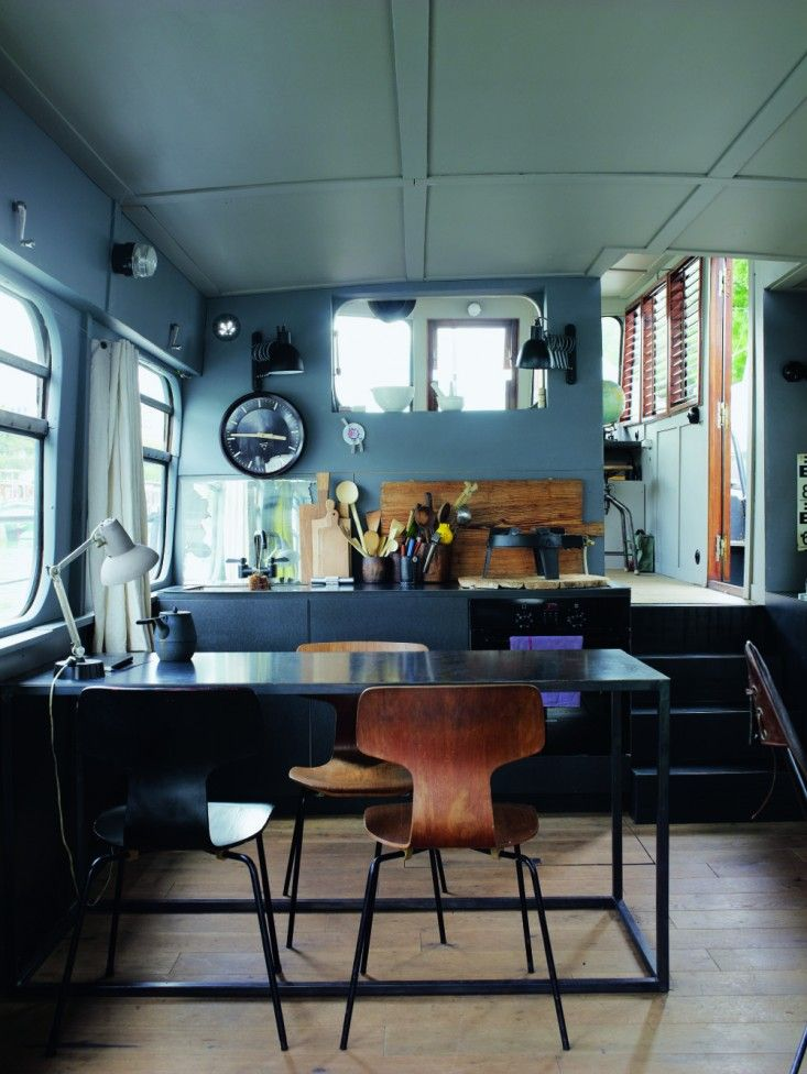 Paris Houseboat