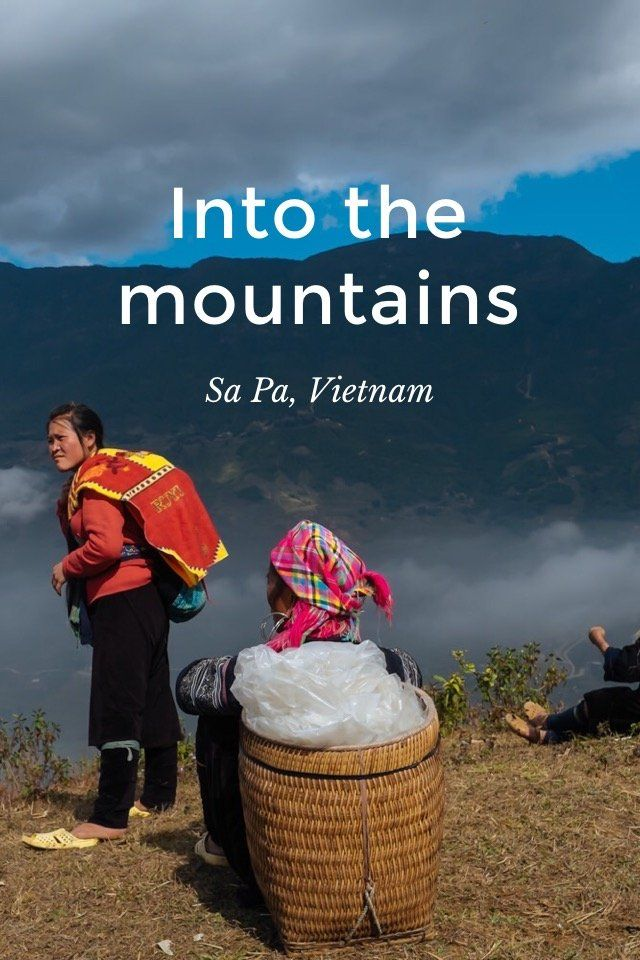 "Into the mountains Sa Pa, Vietnam ""It's not what you look at that matters, it's what you see."" Henry David Thoreau A night with the H'mong tribe. Sa Pa, Vietnam Fractions of what I saw in Sa Pa, Vietnam, during the few days I was fortunate to"