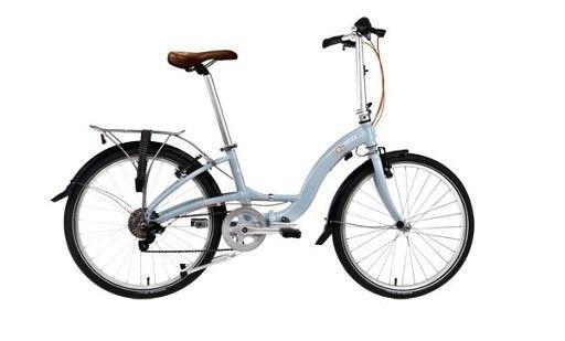 BICICLETA PLIABILA DAHON BRIZA D8 ALBASTRU MIST Bicicleta are un cadru arcuit, foarte elegant, cu geometrie joasa perfecta pentru doamne si domnisoare. Avand si cric dublu, Briza este potrivita atat pentru iesirile pline de farmec retro, dar si pentru utilizare frecventa, atunci cand nu mai vrei sa incaleci si sa descaleci un cadru prea inalt. #bicicleta #pliabila #dama #dahon