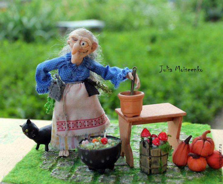 Предлагаю небольшой мастер-класс по созданию поганок для ведьм и сказочных существ в миниатюрном формате 1/12. Для работы понадобятся: запекаемый пластик; акриловая краска (красная, коричневая, желтая, белая, черная); пастель; горшочки (глиняные, деревянные, идеально подойдут наперстки); флок -—травка для миниатюр; клей «Момент-универсальный прозрачный»; шпатлевка (или паперклей). Первый эт…