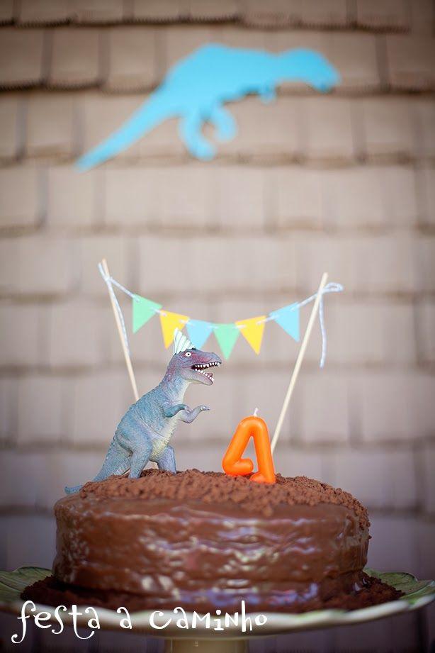 Festa a Caminho: Aniversário de 4 anos do Theo - Dinossauros