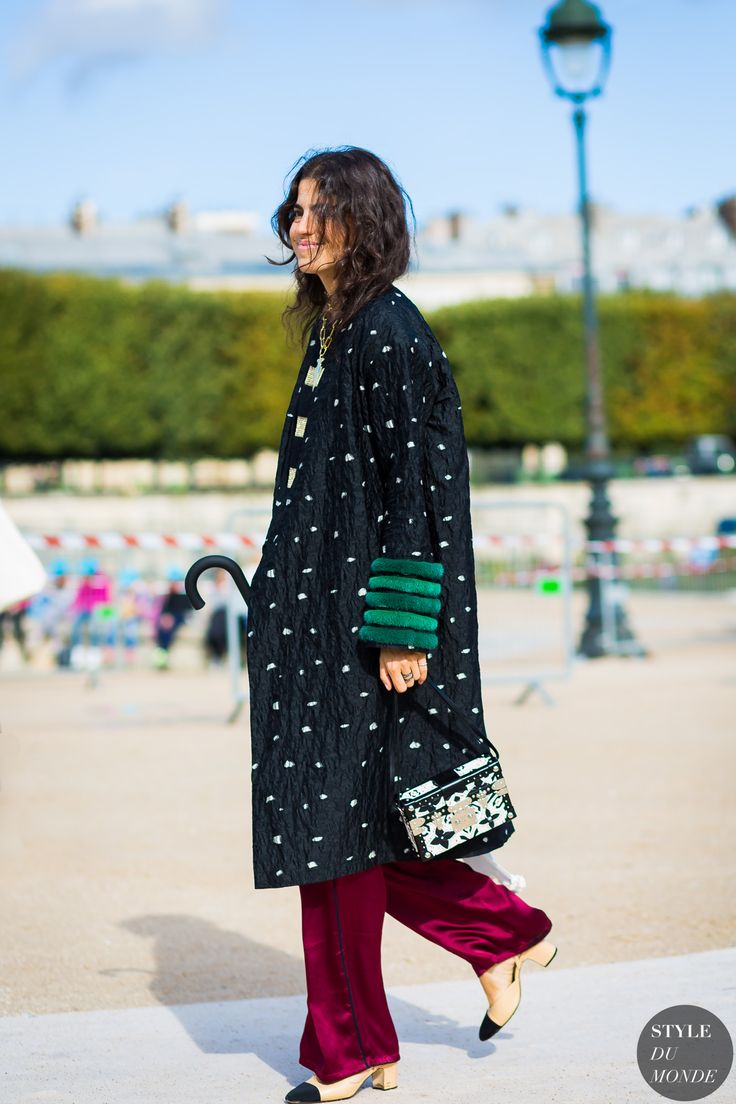 ‪#‎New‬ on ‪#‎STYLEDUMONDE‬ http://www.styledumonde.com with @manrepeller ‪#‎LeandraMedine‬ at ‪#‎paris‬ ‪#‎fashionweek‬ ‪#‎pfw‬ ‪#‎outfit‬ ‪#‎ootd‬ ‪#‎streetstyle‬ ‪#‎streetfashion‬ ‪#‎fashion‬ ‪#‎mode‬ ‪#‎style‬