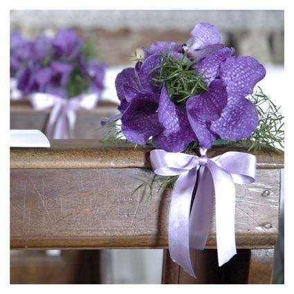 Orchidee viola per la chiesa