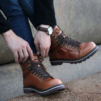 For added comfort, a removable gel-EVA sole is also incorporated in to design process to cushion the sole of the feet with the work boots. http://best-workboots.com/category/caterpillar/