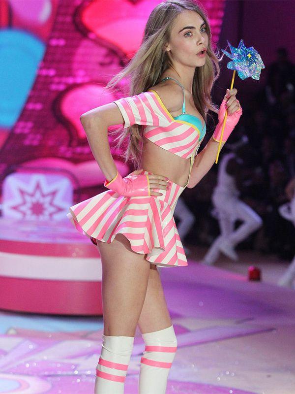Cara Delevingne, una de las estrellas en el desfile de Victoria's Secret