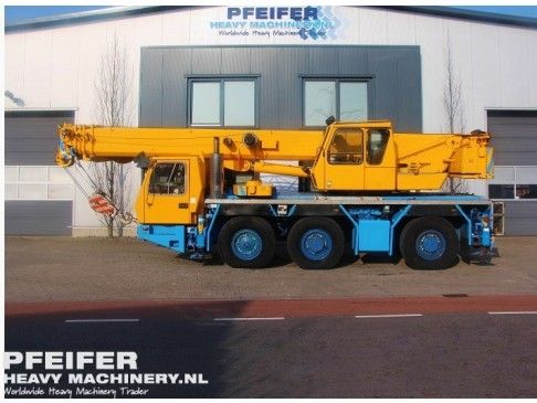 #Used #GROVE - #GMK3050 #telescopic #crane available at #Pfeifer #Heavy #Machinery. Year of construction 2000. Kilometers 123343. Hours carrier 17574. Loading (lifting) capacity (kg) 50000. Boom length maximum (m) 38. Fuel Diesel. PHM-Id 06644.