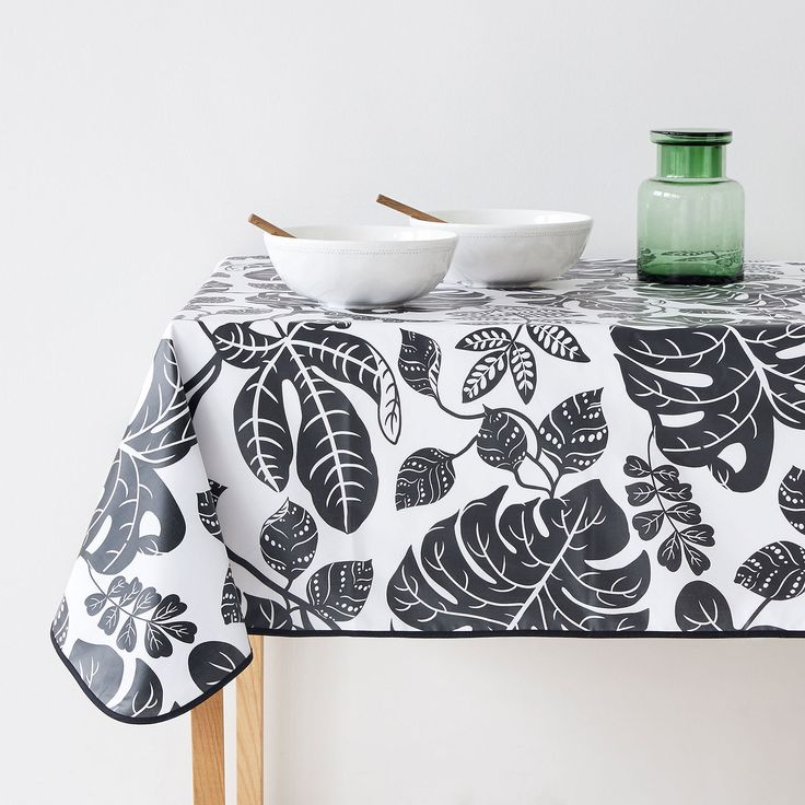 Nappe enduite feuilles bleues - Floral Collection - TABLE | Zara Home France