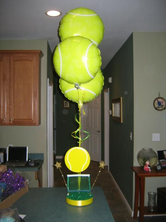 Tennis Balloons Lol.....I Want It!