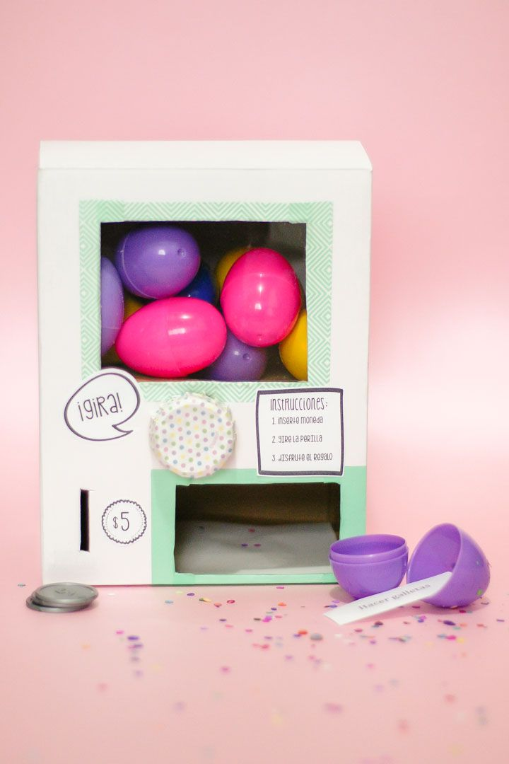 DIY Idea: Máquina de Huevitos Sorpresa - Egg Surprise Vending Machine — clo by clau!
