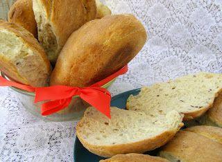 W Mojej Kuchni Lubię.. : pszenno-żytnio-kukurydziane bułki drożdżowe podłużne...