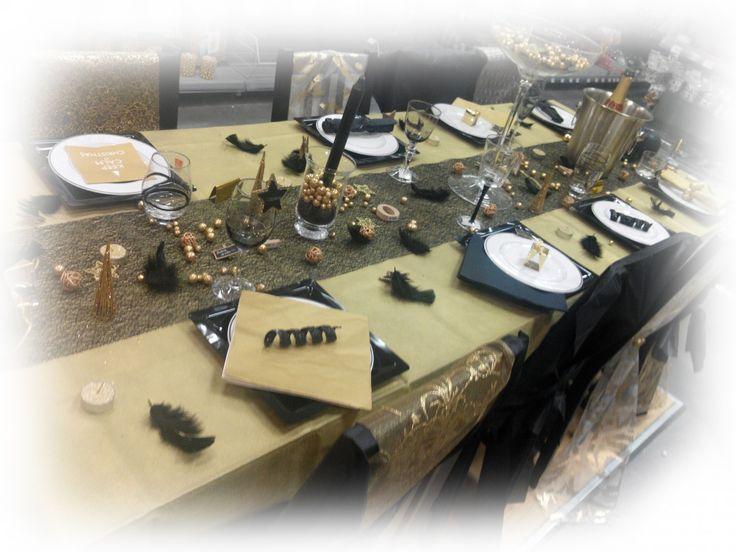 Table de fête blanc et noi