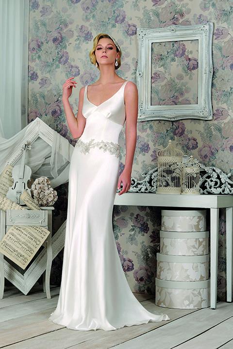 Modern wedding dresses dublin : Leading wedding dress designer from her bridal showrooms in dublin