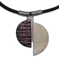 Šperk s texturami a plátky Design-Metall