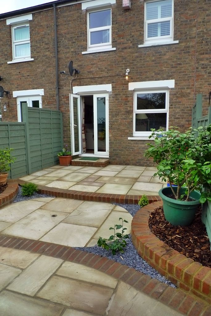 Gardens exciting small yard design low maintenance garden for Paving stone garden designs