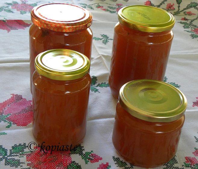 My today's apple jam.   http://kopiaste.org/2011/03/mini-apple-turnovers-with-homemade-apple-sauce/  Μαρμελάδα Μήλου http://www.kopiaste.info/?p=6671  #applejam #applesauce  #ΜαρμελάδαΜήλου