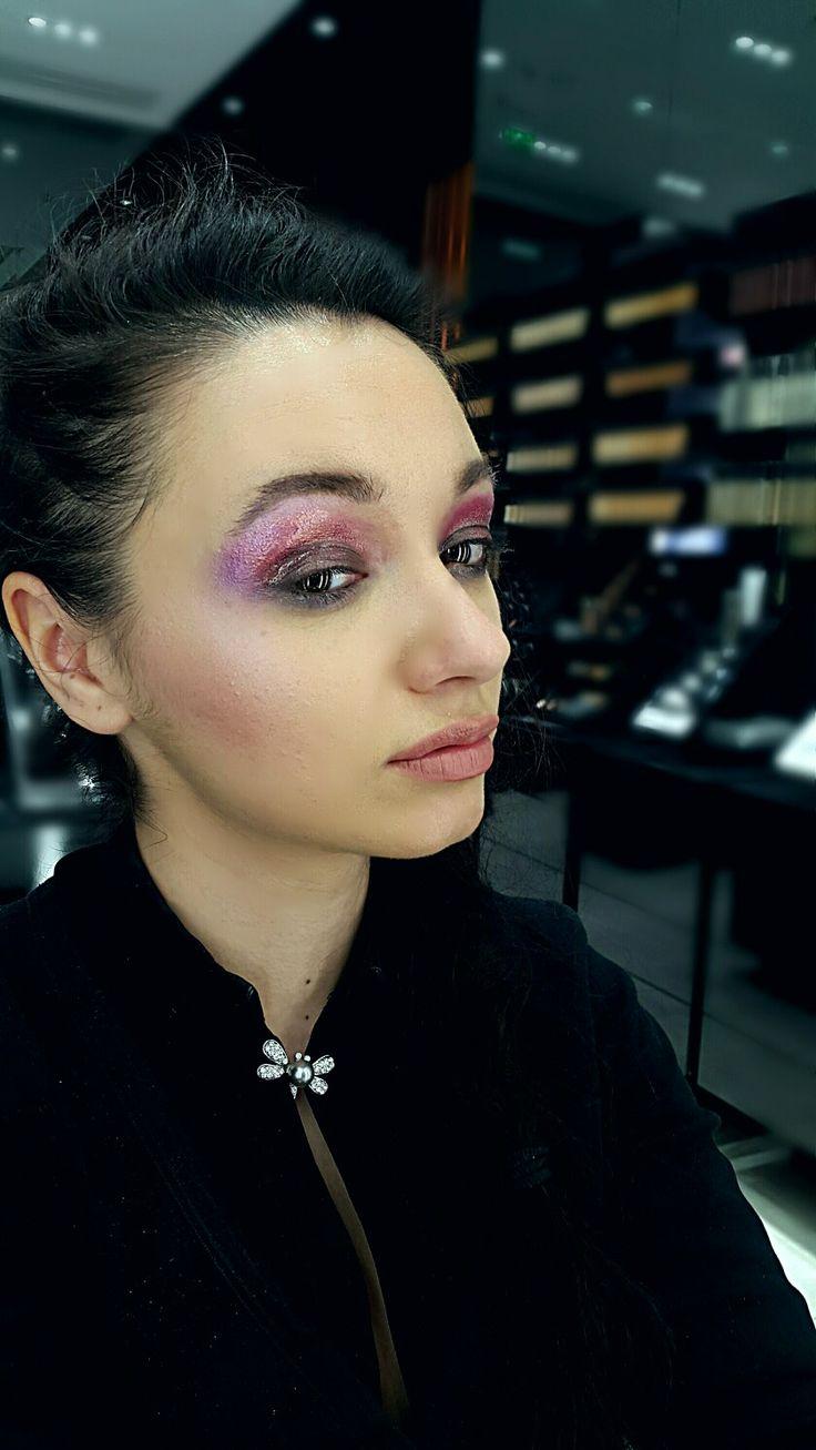 Metallic eyes ~ wet look Mac Cosmetics makeup