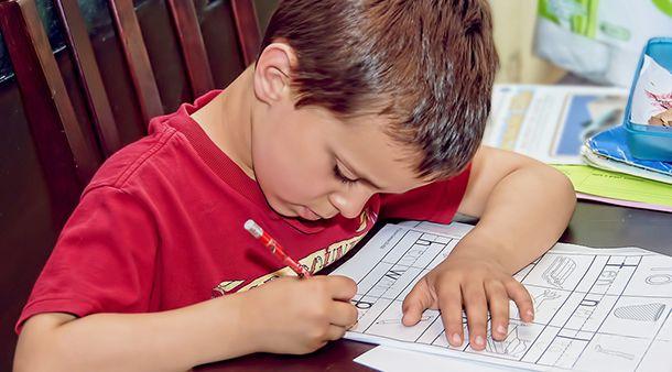 3 modi per aiutare l'indipendenza di tuo figlio