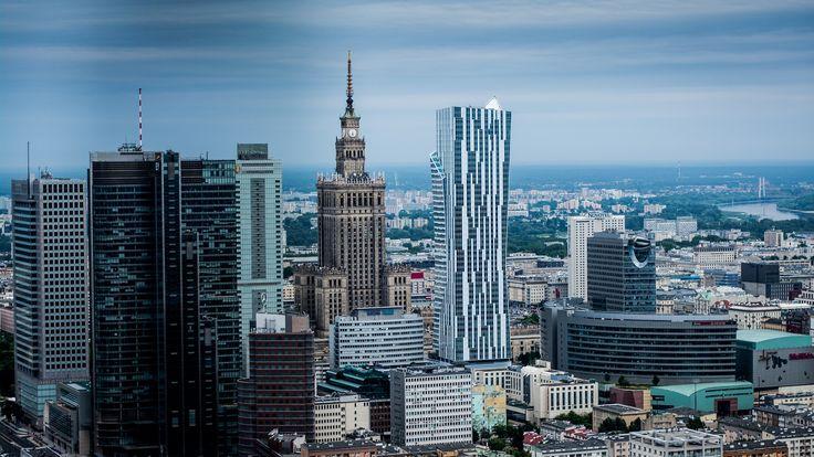Warszawa widziana z wieżowca Warsaw Spire (fot. Piotr Król)