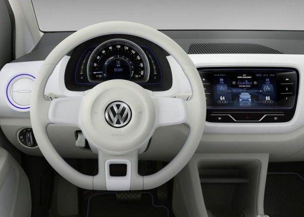 2013 Volkswagen Twin Up Elegant Cockpit 600x429 2013 Volkswagen Twin Up Review with Images