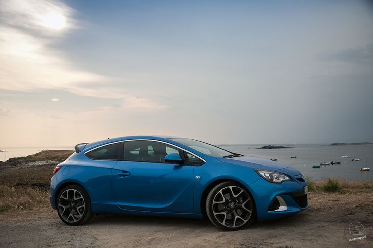 Essai de l'Opel Astra OPC : die germanische effizienz*