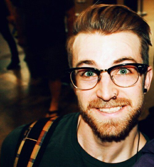 1000 Images About Men 39 S Nose Rings On Pinterest British Accent Sexy Hairstyles And Nose Rings