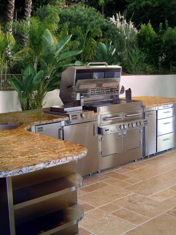 Best Outdoor Kitchen Ideas On A Budget Pictures Tips Ideas 400 x 300