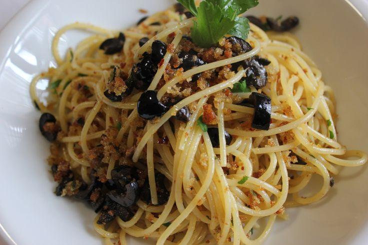 Gli spaghetti alla siracusana sono una delle tante ricette regionali presenti nel nostro blog. Un piatto veloce, che incarna…