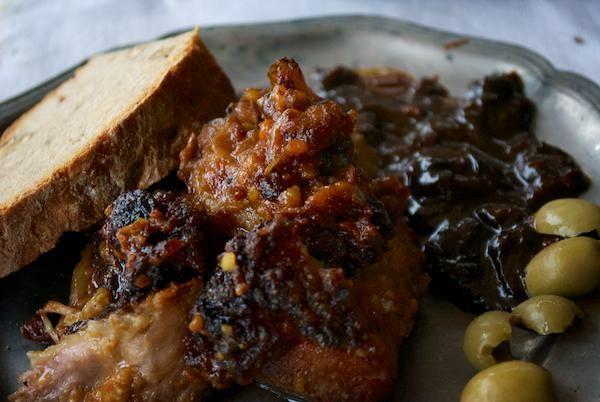 Recept: Pečené mäso so slivkovou omáčkou a chlebom gladiátorov – recept z Gerulaty | Nebíčko v papuľke