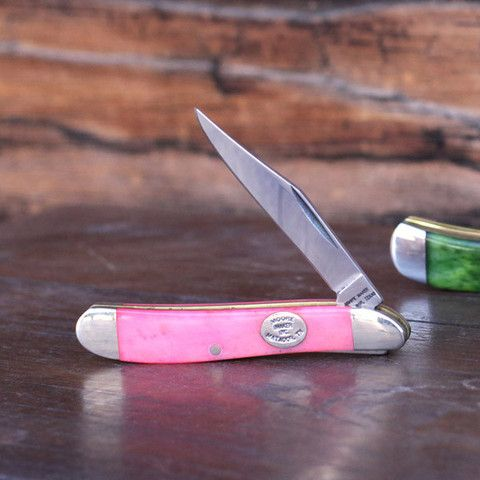 "Pink Pocket Knife - ""You can tell a lot about a person by the contents of their pockets. This pocket knife by Moore Maker of Matador, TX says: I'm a dainty badass."" Perfect :)"