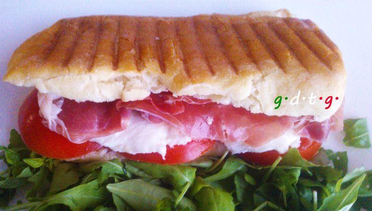 Σάντουιτς με προσούτο
