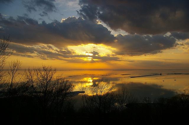 Winter Sunset. Goderich, Ontario, Canada #Goderich #RediscoverGoderich #GoderichSunsets
