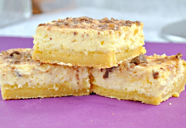 Creme Brulee Cheesecake Bars!