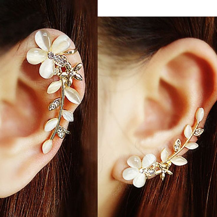 Cat's Eye Gem Flower Ear Cuff
