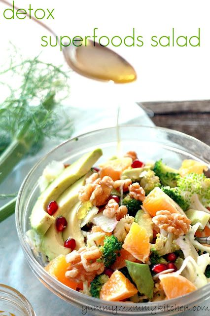 Superfoods Salad at yummymummykitchen.com