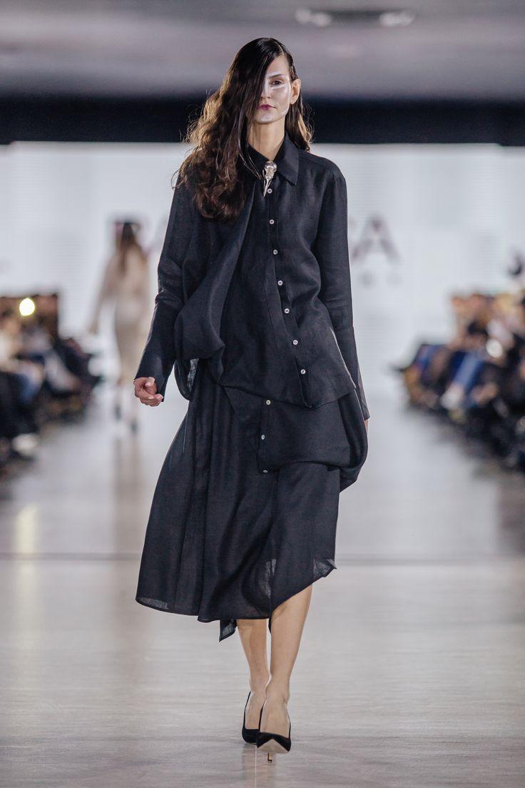 fashion black shirt