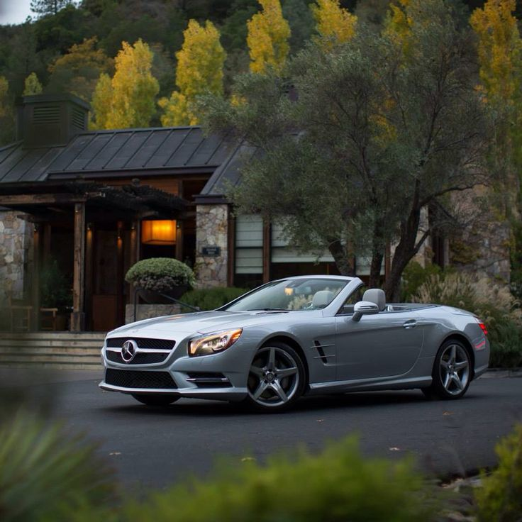 ... Napa Valley On A Estate Characterized By Oaks Trees, Rolling Hills And  A Private Lake, We Arrive At One Of Our Esteemed Mercedes Benz Hotel  Partners.