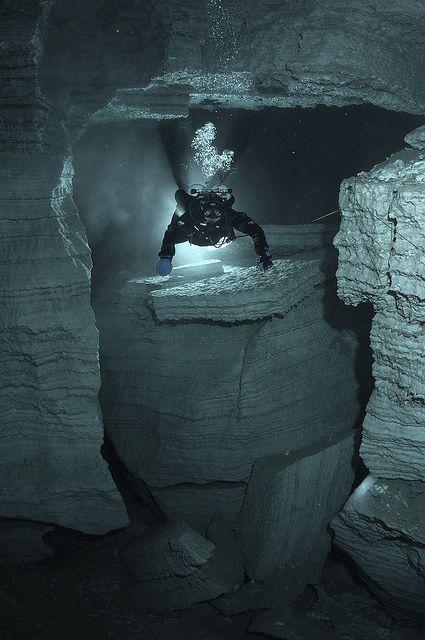 Cavediving, Russia bucear en una cueva - diving in a cave