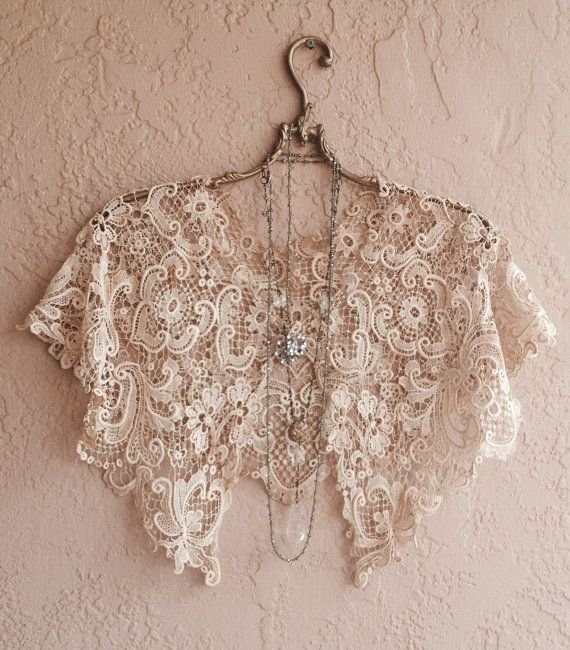 Vintage Tambour lace capelet Great Gatsby Marie Antoinette Bohemian Hippie Gypsy