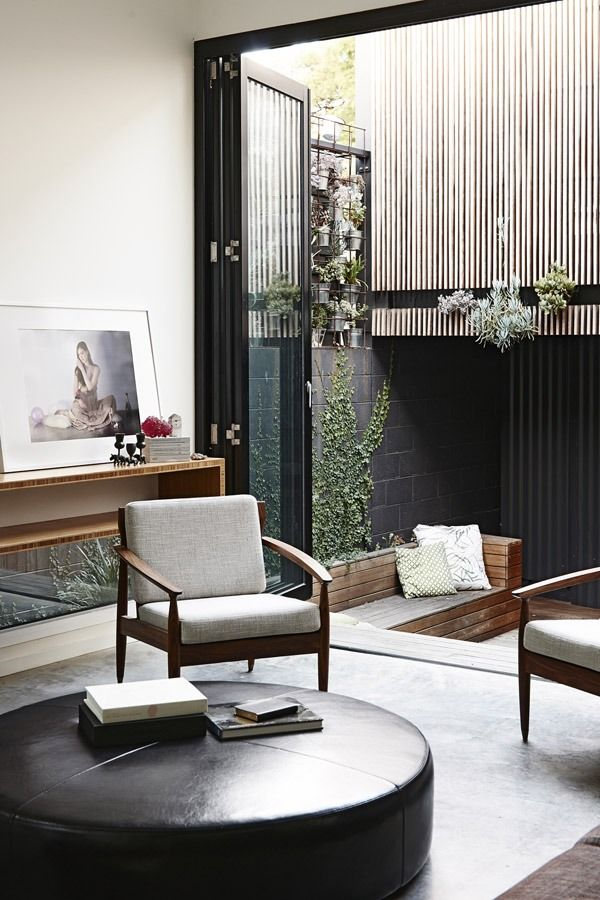 good use of midcentury furniture. Doesn't look trapped in an era.