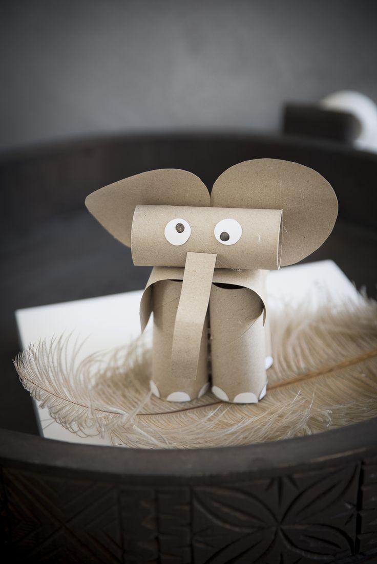 Ibland är det så kul att bara pyssla loss, med enkla projekt. Här har jag testat att göra en elefant av toarullar. Tänker att det är perfekt pyssel till förskolan eller när man vill pyssla med...