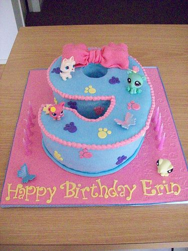 Littlest Pet Shop Birthday Cake  - make 5 instead of 9 with pets on top